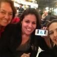 Sofia, July, eu e Ellen Flores (no celular), que não pode ir! :(